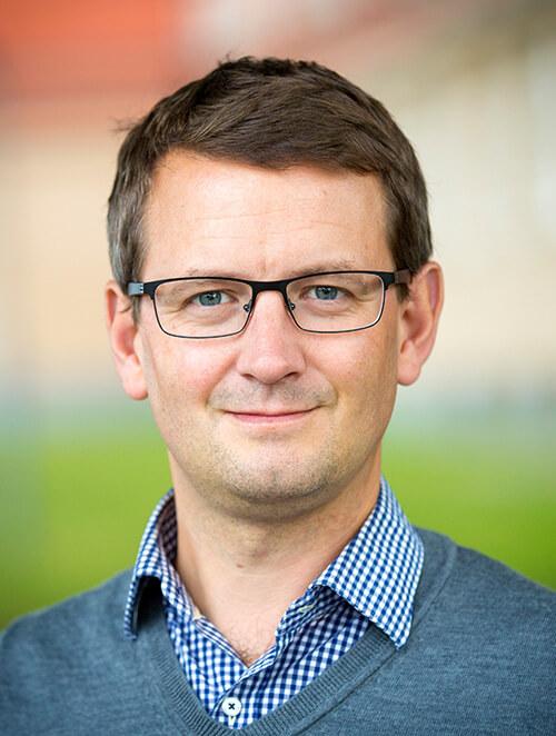 Prof. Dr. Daniel Brandell