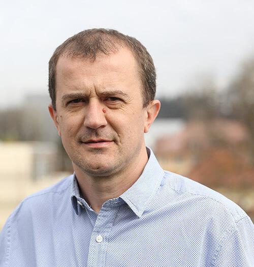 Prof. Dr. Robert Dominko